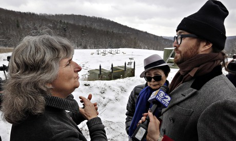 Anti-fracking activist Vera Scroggins, Sean Lennon, Yoko Ono in Pennsyvalnia