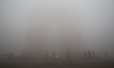 Heavy pollution fog on New Delhi, India