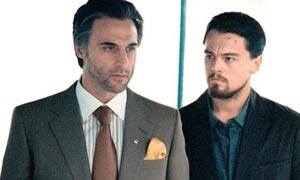 Mark Strong and Leonardo DiCaprio in Body of Lies
