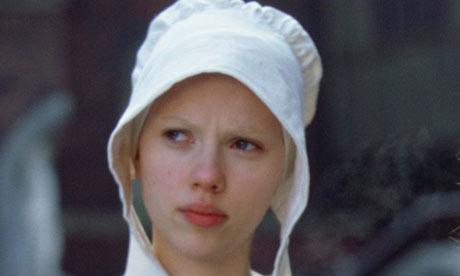 Scarlett Johansson in Girl with a Pearl Earring. Is it a bonnet?