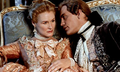 Glenn Close and John Malkovich in Dangerous Liaisons (1988)