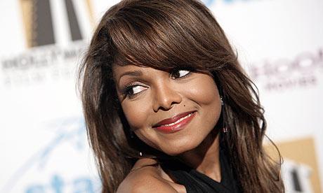 Janet Jackson sier, de bandt fast brystene mine! thumbnail