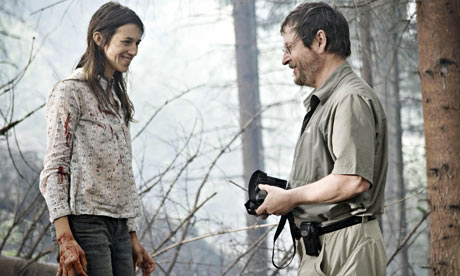 Charlotte Gainsbourg, Lars von Trier, on the set of Antichrist