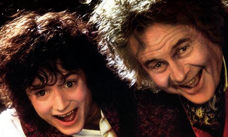 elijah wood young. Elijah Wood as Frodo with Ian