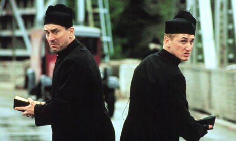 Men in black  Robert De Niro and Sean Penn in 1989 crime comedy We're No ...