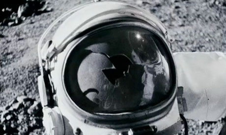 http://static.guim.co.uk/sys-images/Film/Pix/pictures/2011/2/23/1298449086979/Apollo-18-6-007.jpg