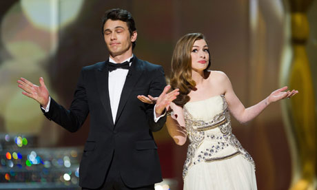 Anne Hathaway Oscars 2011. Oscars 2011 hosts James Franco