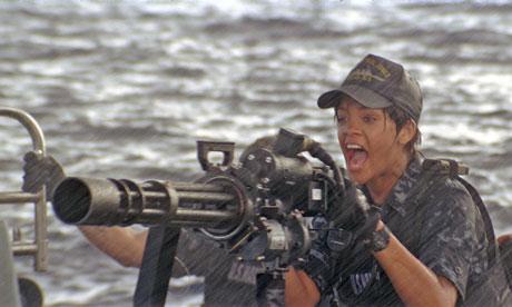 http://static.guim.co.uk/sys-images/Film/Pix/pictures/2012/4/11/1334154656479/Battleship---Rihanna-008.jpg