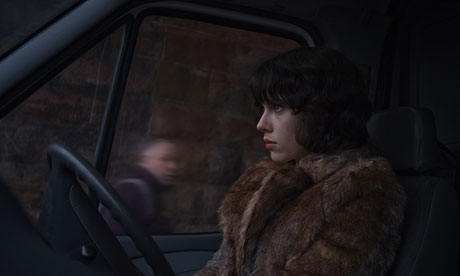 http://static.guim.co.uk/sys-images/Film/Pix/pictures/2013/8/28/1377684102749/Under-the-Skin-010.jpg