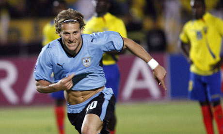 Uruguays Diego Forlan cel 001 Confederations Cup 3rd Place game Preview: Italy vs Uruguay