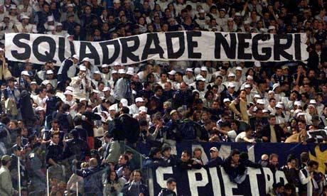 Лацио - SS Lazio - Страница 12 Lazio-fans-001