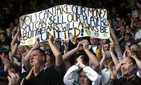 England rivalries (derbies) - Página 2 Leeds-United-fans-001