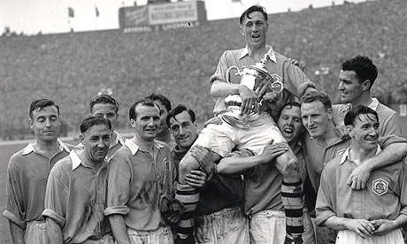 Arsenal's FA Cup-winning team of 1950.
