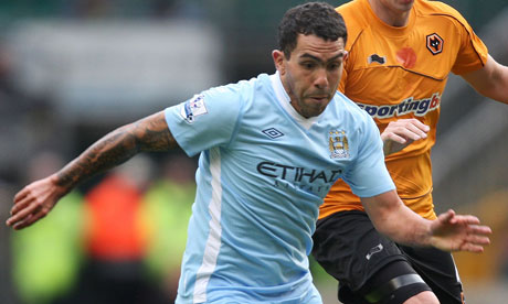 Carlos Tevez in action, Manchester City v Wolves