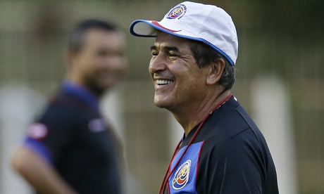 Costa-Rica-coach-Jorge-Luis-Pinto