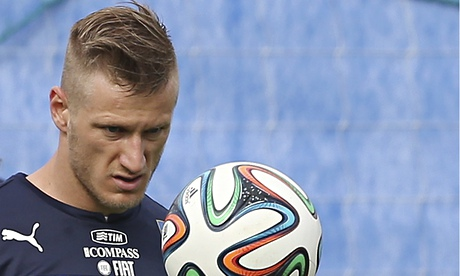 Ignazio Abate said Italy will be able to adapt to the conditions in Manaus when they face England