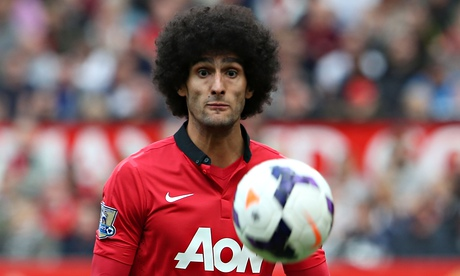 Manchester United hold talks with Napoli over Marouane Fellaini exit