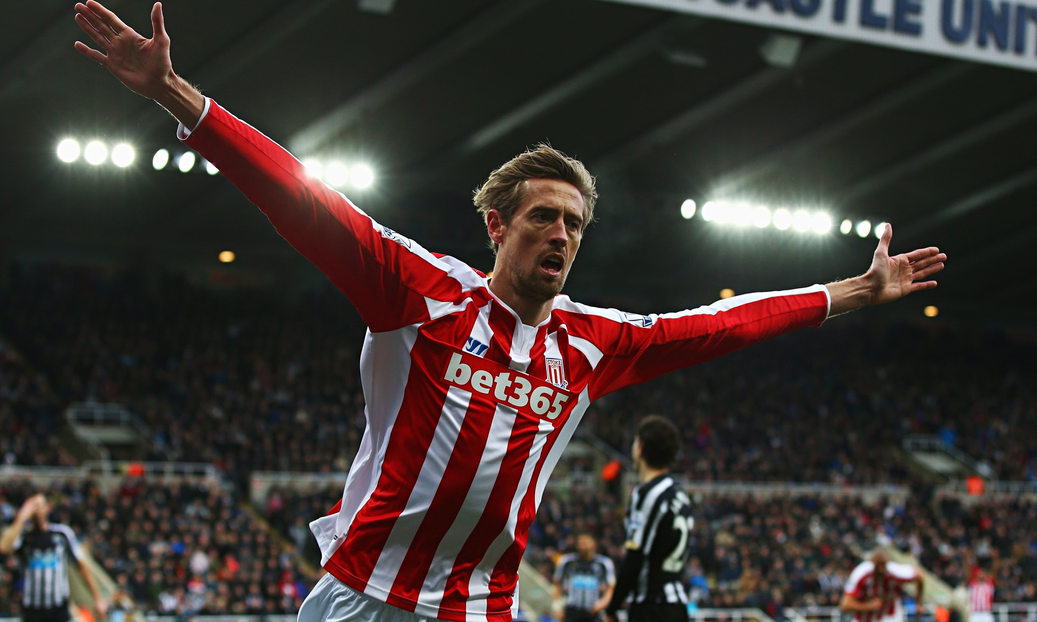 http://static.guim.co.uk/sys-images/Football/Clubs/Club_Home/2015/2/8/1423412733009/Peter-Crouch-009.jpg
