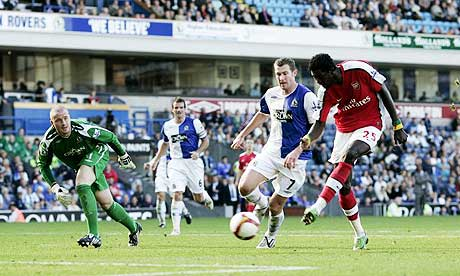 Emmanuel Adebayor scores