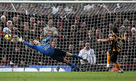 Geovanni scores for Hull City at Old Trafford