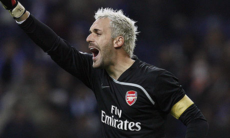 Should Arsenals Manuel Almunia be picked for England?