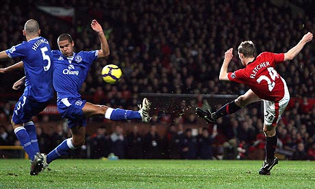 http://static.guim.co.uk/sys-images/Football/Pix/pictures/2009/11/21/1258827646907/Darren-Fletcher-004.jpg