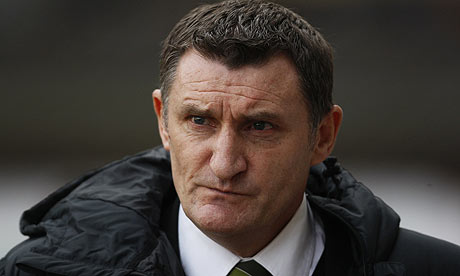 Tony Mowbray has faced widespread criticism for his Celtic side's performances yet they are still just one point from the top of the SPL. - tony-mowbray-001
