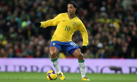 Skills of the Week: Ronaldinho, Buonanotte & Alex