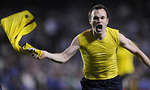 Andres Iniesta scored a late winner for Barcelona ten years ago (video)