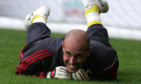 Liverpool's goalkeeper Pepe Reina.