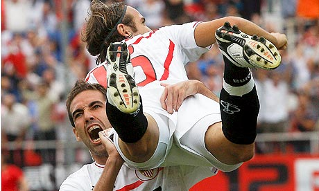 Sevilla defen