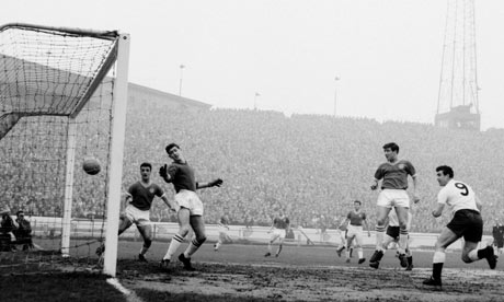 Bobby Smith scoring for Spurs against Chelsea