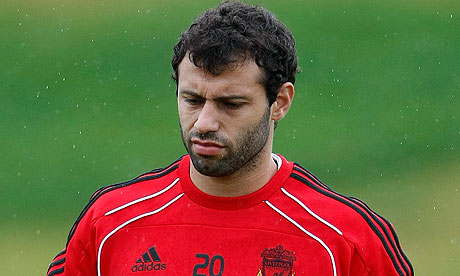 http://static.guim.co.uk/sys-images/Football/Pix/pictures/2010/8/13/1281711736378/Javier-Mascherano-006.jpg