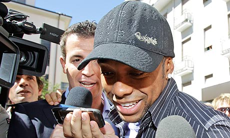 Robinho arrives in Milan