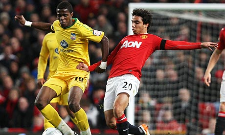 Fabio Da Silva clashes with Wilfrid Zaha