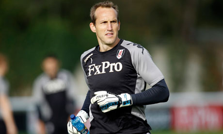 Fulham's goalkeeper Mark Schwarzer says his manager, Martin Jol, is 'still finding his feet'