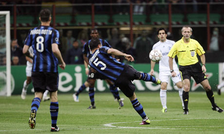 Dejan Stankovic scores an astonishing opening goal against FC Shalke 04
