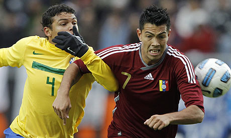 Brazil's Thiago Silva and Venezuela's Nicolás Fedor during their Copa América match