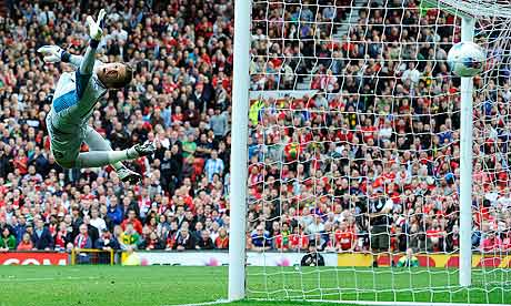 Arsenal's Wojciech Szczesny was powerless to stop Manchester United in late August