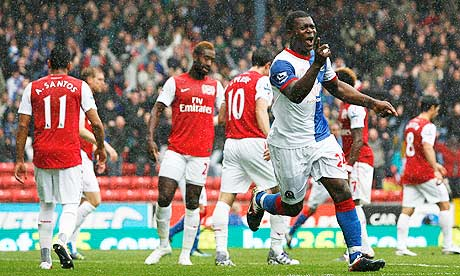 Blackburn Rovers' Yakubu Ayegbeni celebrates putting his side 3-2 up against Arsenal
