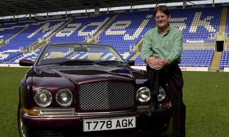 http://static.guim.co.uk/sys-images/Football/Pix/pictures/2011/9/27/1317147518213/Sir-John-Madejski-on-the--007.jpg