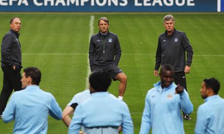 Manchester City train