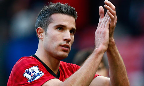 http://static.guim.co.uk/sys-images/Football/Pix/pictures/2012/11/3/1351966987751/Robin-van-Persie-applauds-008.jpg