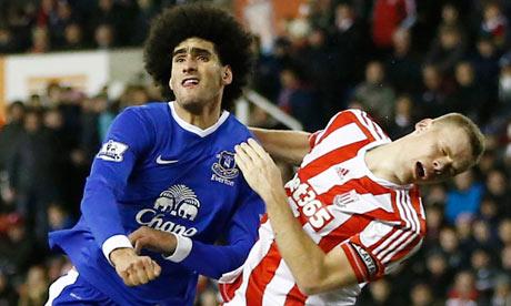 Marouane Fellaini clashes with Ryan Shawcross