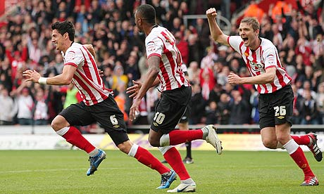 Jose Fonte and Southampton celebrate