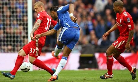 Didier-Drogba-scores-008.jpg