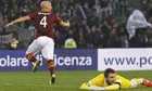 Roma's Michael Bradley celebrates after scoring past Udinese's goalkeeper Ivan Kelava