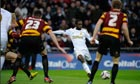 Nathan Dyer scores