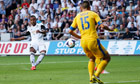 Wayne Routledge scores