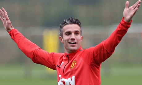 Robin van Persie may lose Manchester United place after dip in belief